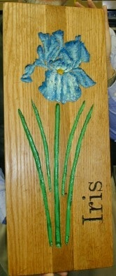 Iris dard oak plaque