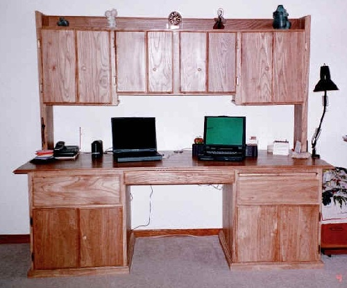 Hutch Desk in red elm 1