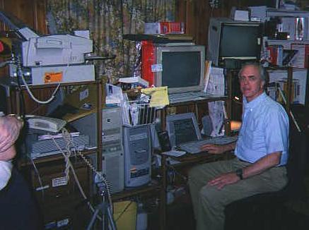 Easy Reach Computer Desk 1